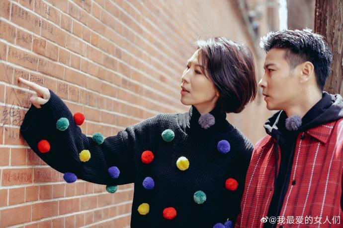 張晉與蔡少芬是演藝圈的恩愛夫妻檔。(翻攝自《我最愛的女人們》微博)