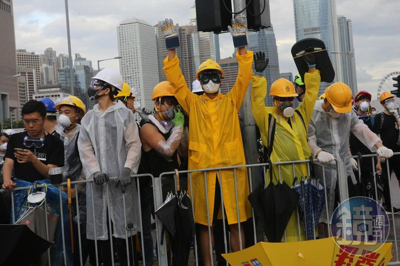 圖/鏡週刊提供 對政治不再冷漠 香港年輕選民登記達史上最高