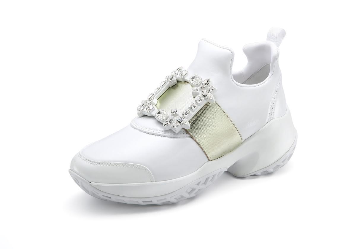 全球獨家的台灣限定款Viv  Run系列休閒鞋。NT$42,600(迪生提供)