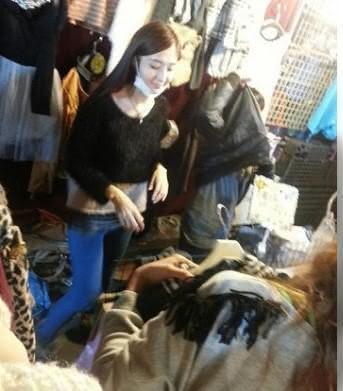 連千毅的妻子石女曾在高雄鼎山夜市擺攤被發現。(翻攝PTT)
