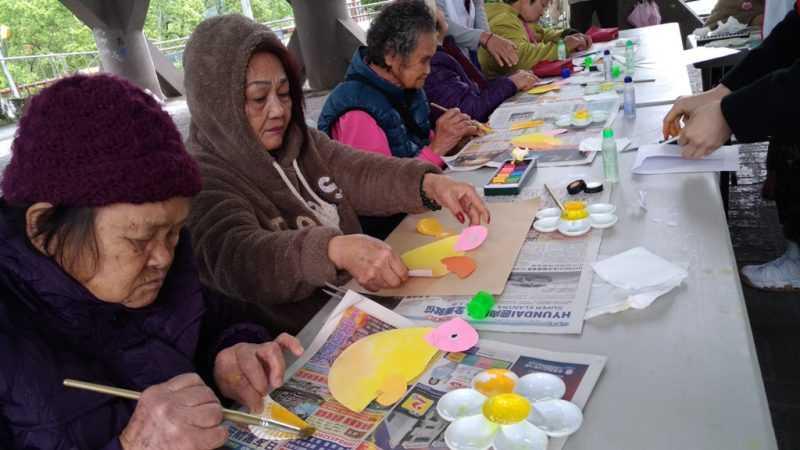 中華民國慈恩慈善會第三屆彩繪老寶貝, 3月開始在花蓮銅門村舉辦(中華民國慈恩慈善會提供)