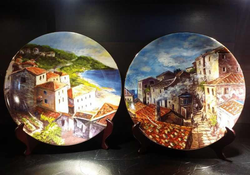 臺華窯以畫家曹松清的油畫製作的12吋金邊瓷盤(圖臺華窯提供)