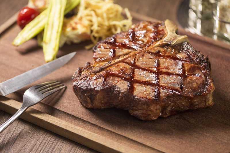 美國35天極佳級乾式熟成後段丁骨牛排(公關圖片)