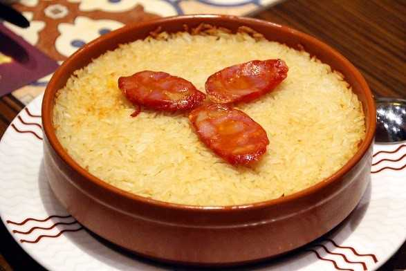 葡式焗鴨飯內含料理真功夫
