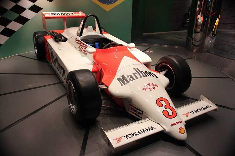 車神洗拿於1983年在澳門格蘭披治大賽車的冠軍車