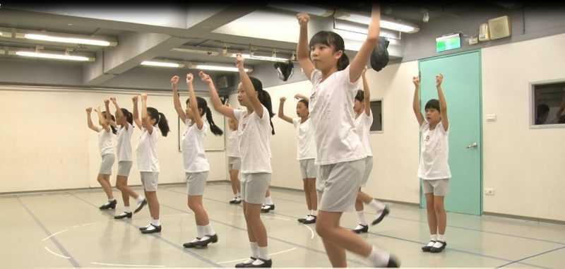 打開身體,培養更廣更遠的視野 (照片/雲門教室提供)。