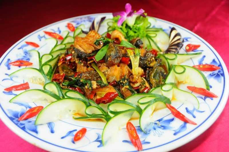 大壩頂活魚餐廳-三杯魚