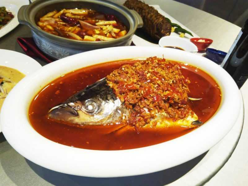 蔡振榮主廚「阿榮師」率領餐飲團隊,攜手打造「奇岩一號」旗艦餐廳,進駐台北萬豪酒店的中城廣場。