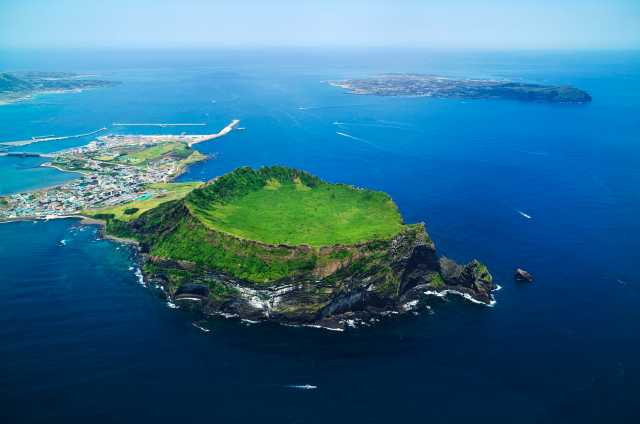 ▲濟州島上風多、石多、女人多,被暱稱為「三多島」。(圖/濟州駐台觀光推廣辦事處)