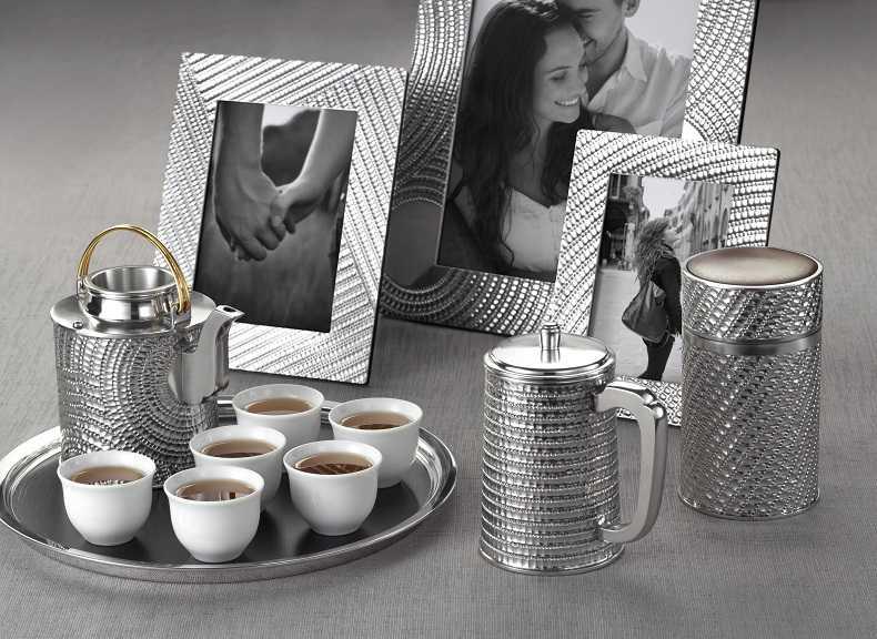 馬來西亞的手工錫製品是世界聞名的,既有實用價值也有裝飾的功能。