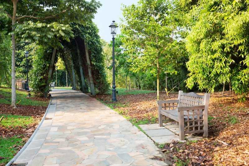 ▲園區內有椅子可以休息,也能夠免費裝水,而且還提供冰水等貼心服務。(圖片來源:新加坡旅遊局)
