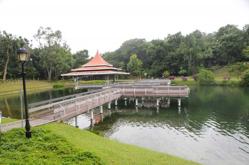 ▲麥里芝蓄水池公園出資修建者陳金聲,是南洋華人富商。(特派記者杜明賢攝)