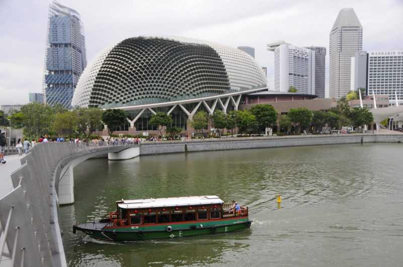 ▲濱海藝術中心是新加坡知名表演場地。(特派記者杜明賢攝)