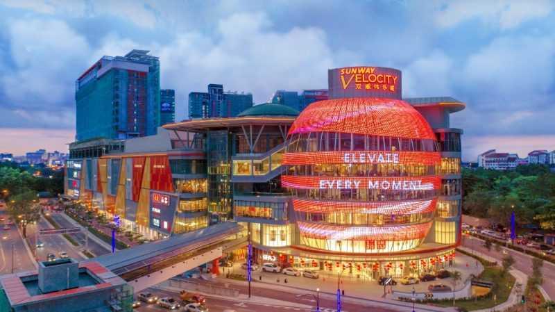 新穎的雙威偉樂城購物廣場除了品牌店家多樣外,餐飲選擇尤其令人感興趣。(馬來西亞觀光局)