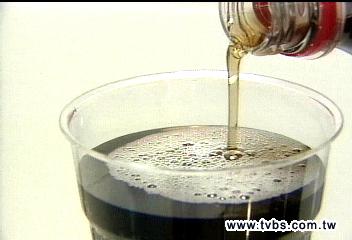 愛喝可樂 易長皺紋增胰臟癌風險