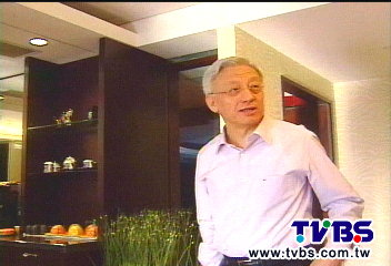 轉籍「新加坡」 曹興誠:和艦案是關鍵