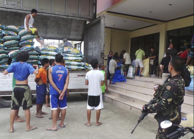 強颱「哈格比」直撲菲律賓 急撤50萬民眾