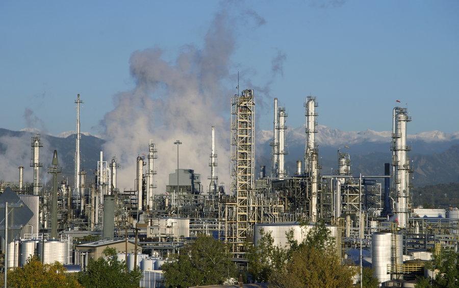 【FOCUS新聞】全球石油供過於求 3個月跌幅達20%