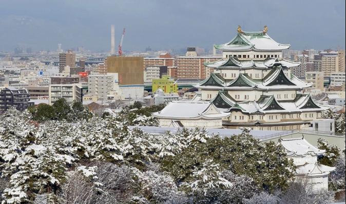 強勁低氣壓滯留 強烈暴風雪襲擊北海道
