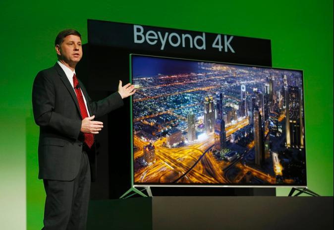 2015走「超纖細」風 SONY4K電視比手機薄