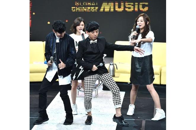 林俊傑、黃子佼拚舞步 Popu Lady笑「像復健」 5