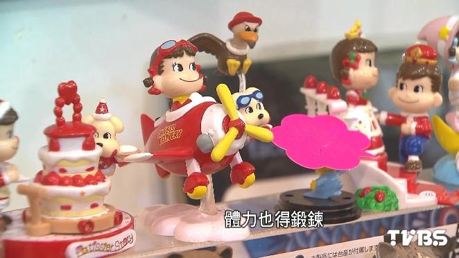 這一行不好賺/月收5千拚夢想! 7年級姐妹賣日系玩具