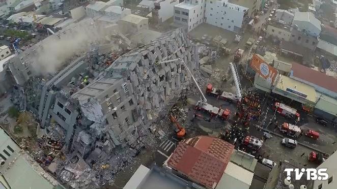 維冠大樓建商蓋完就解散 百名住戶心淌血
