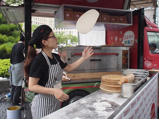 台版五星主廚餐車曝光 免費PIZZA請你吃
