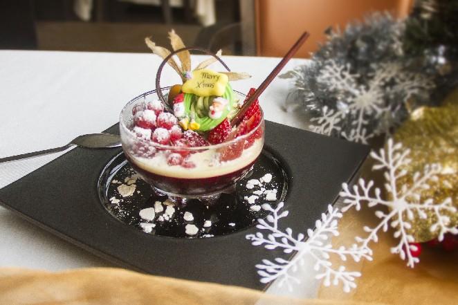 耶誕饗宴都在這!龍蝦吃到撐、金色法式餐