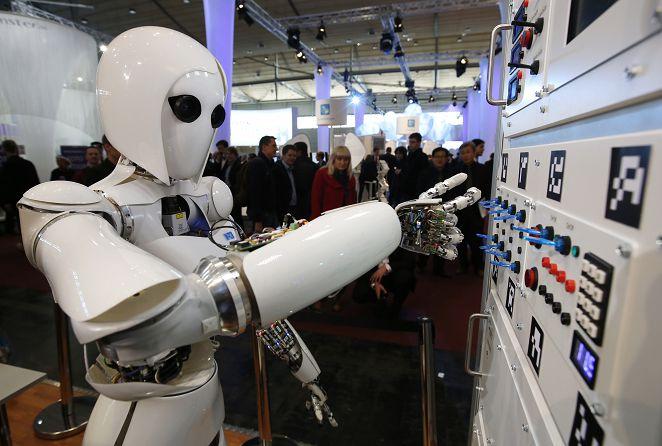 日人工智慧可取代會計、服裝師 改變人類生活